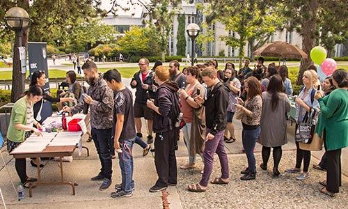 memo-2016-12-ice-cream-social-lineup